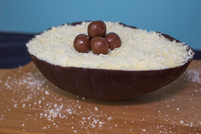 Chocolade tiramisu uit een paasei