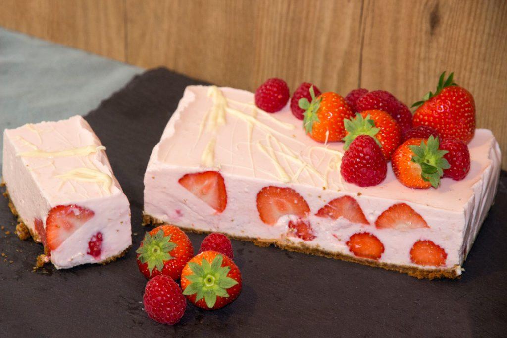 Aardbeien, frambozen kwarktaart met bastogne | Foodblogswap